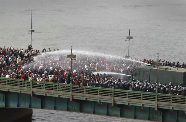 ss-110128-egypt-protest-05-eg-ss_full